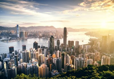 zeb.market flash: Skyline von Hongkong bei Sonnenaufgang