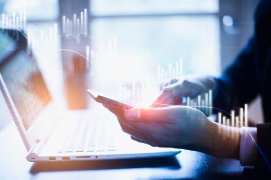 Private Banking Studie Österreich zum Downlaod / BankingHub / Downloadportal HUB PLUS