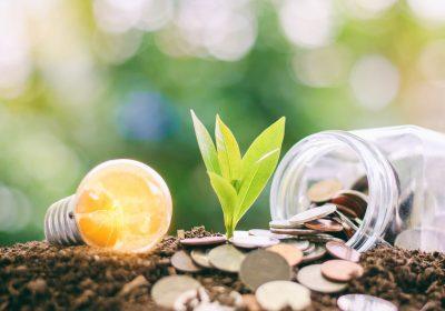 """Abstraktes Titelbild zu """"BaFin gibt Orientierung – Umgang mit Nachhaltigkeitsrisiken / BankingHub"""