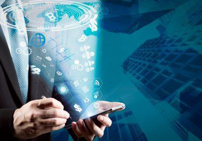 """Bilck auf Datenstrom aus dem Smartphone-Display als Metapher für """"Die Zukunft der Vermögensverwaltung"""""""