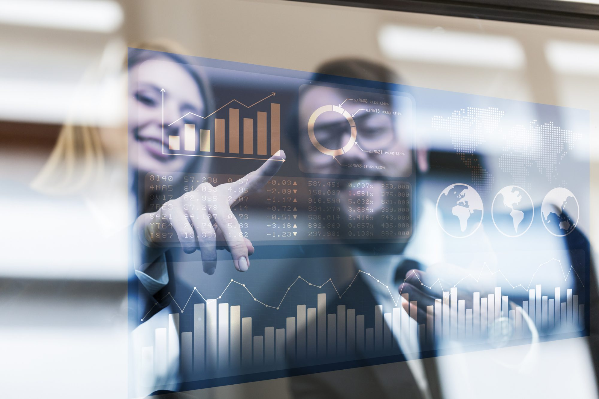"""Blick auf Datenanalysen als Metapher für """"Regionalbanken: Nur vom Messen wächst man nicht"""""""