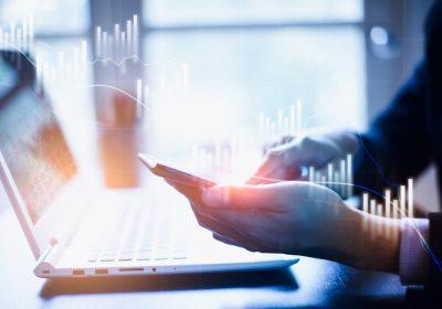 """Betrachtung von Marktdaten über das Smartphone als Metapher für """"Optimierung Marktdaten"""""""