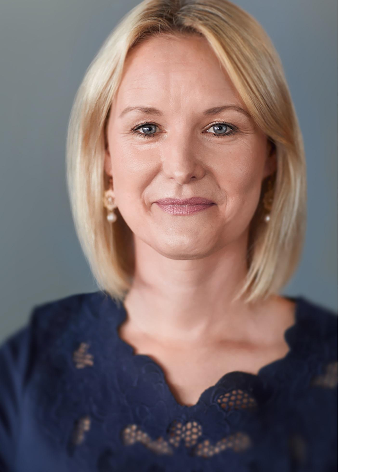 Dr. Carolin Gabor, Managing Director bei Joonko, im Interview auf dem BankingHub